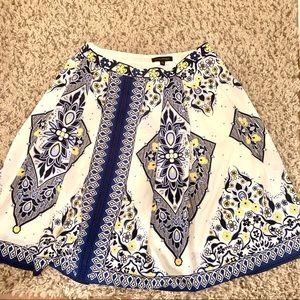 Banana Republic Women's Skirt (Sz 8)